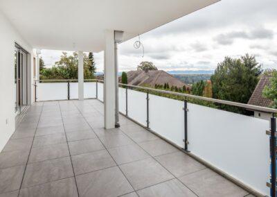 Balkon Mehrfamilienhaus Stampfli Wicki AG